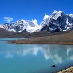 Source: http://www.kailashjourneys.com/blog/nepal/nepal-trekking/kanchanjunga-trekking/kanchenjunga-trek/#axzz3BTp4F1hh